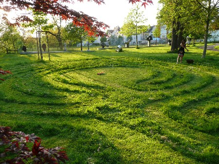 Labyrinth Uster